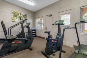 Inn Marin and Suites - Fitness Room