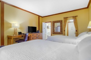 Inn Marin and Suites - 2 Beds